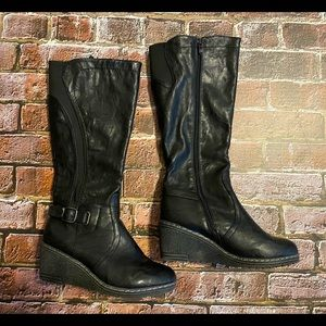 EUC Women's Patrizia Wedge Tall Winter Boots SZ 9